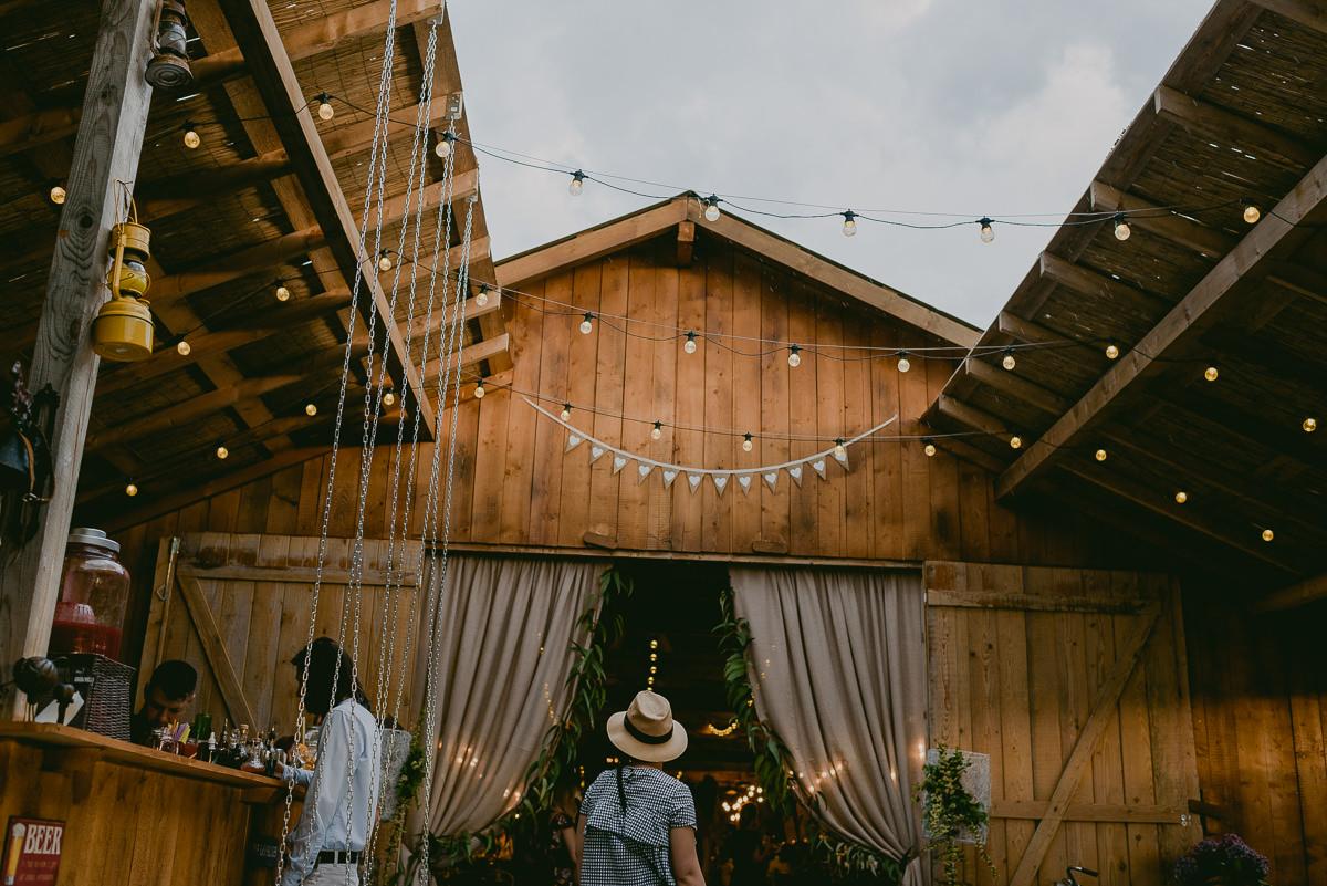 Fotograf Nunta Green Spot Wedding Barn