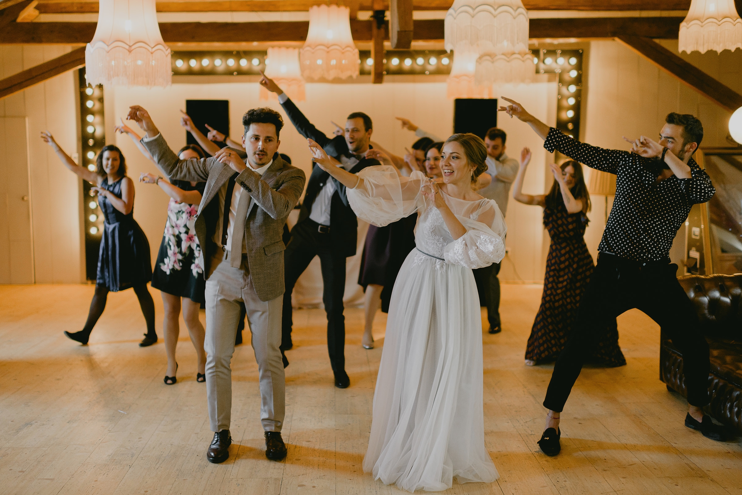 dance flash mob wedding cluj